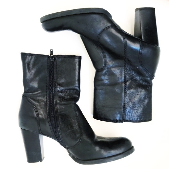 f4473d134ef Gianni Bini | Black Leather Booties Block Heel 9.5
